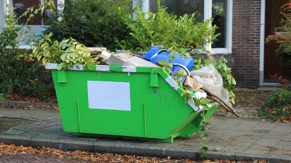 Skip hire in Lancashire for domestic waste purposes